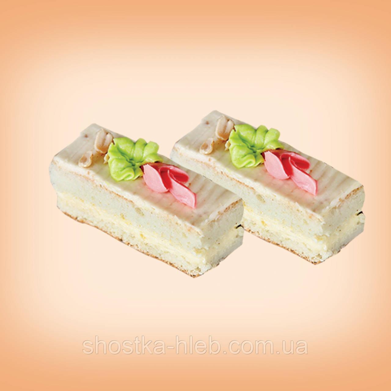 """Пирожное """"Бисквитное"""" с ореховым кремом"""