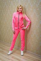 Спортивный костюм женский с плащевкой розовый