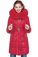 Красный зимний пуховик