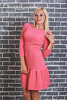 Женское платье с оборкой