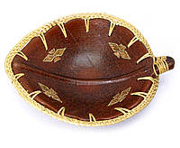 Тарелка деревянная Лист