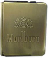 Портсигар с зажигалкой и подавателем сигарет