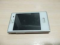 Мобильный телефон LG E400