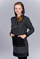 Платье-туника с длинным рукавом и капюшоном на завязку