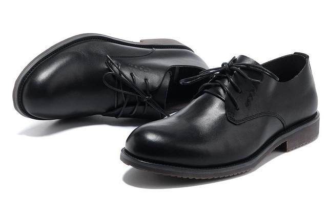 Модельные мужские туфли недорого
