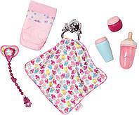 Набор аксессуаров для куклы BABY BORN - УТИНЫЕ ИСТОРИИ (бутылочки, подгузн., пустышка,игр.-одеяльце) (822173)