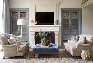 Два дивана в гостиной – уют и комфорт
