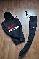 Спортивный костюм с капюшоном Найк черного цвета