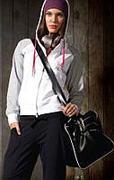 Кофта спортивная женская с замком и капюшоном