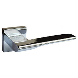 Итальянская дверная ручка ORO&ORO 044-15E CP