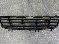 Решётка переднего бампера центральная чёрная GM 1400304 13151540 24460271 OPEL Astra-H 5 door до 2007 года кроме OPC, фото 1