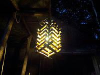 Декоративный светильник из натуральных материалов