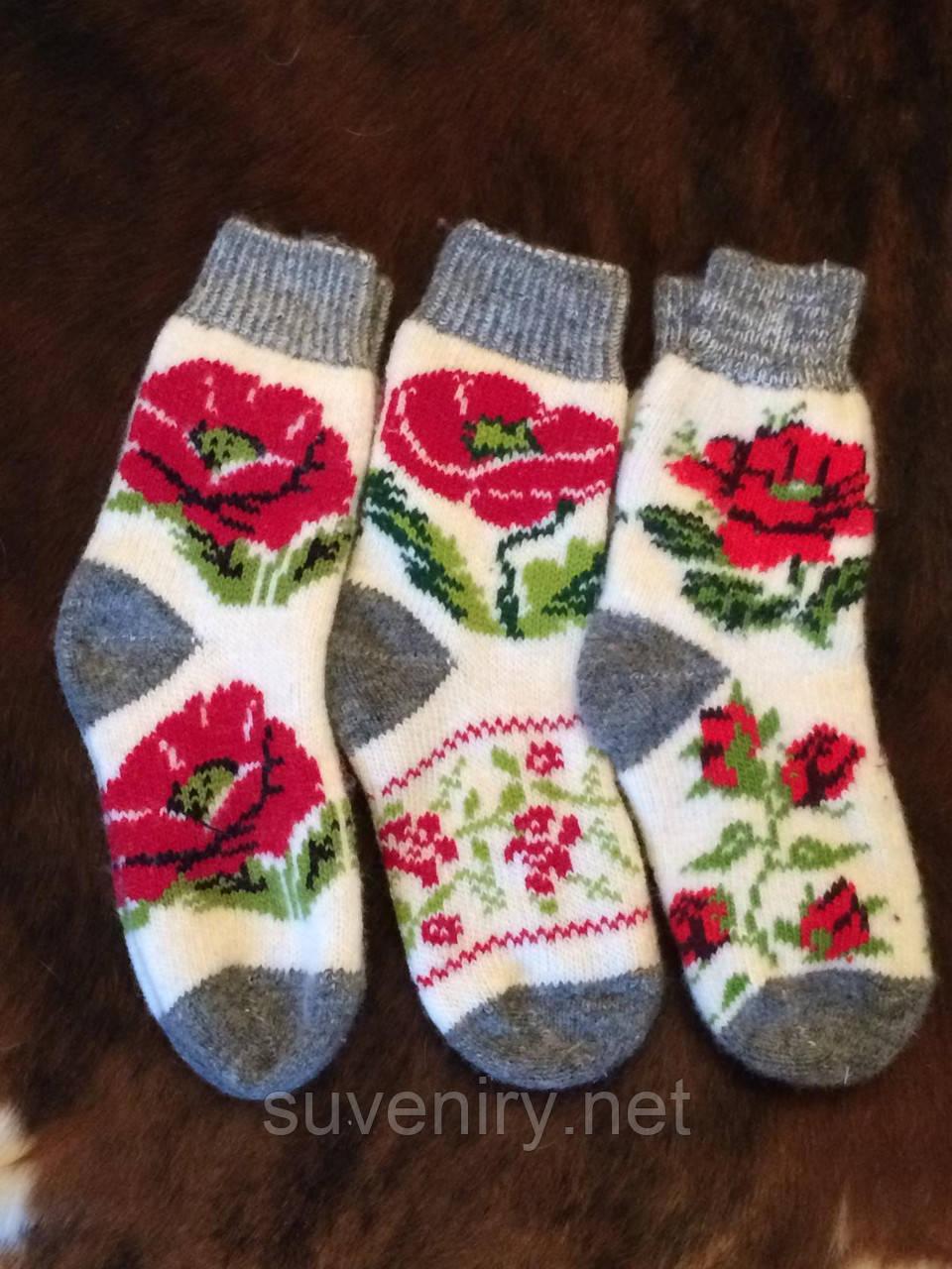 Шерстяные ангоровые носочки с маками