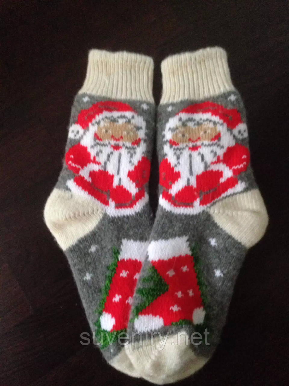 Ангоровые носочки с дедом морозом
