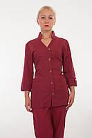 Медицинский костюм бордового цвета