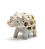 Слон из мыльного камня резной 5х6х3см (26620)