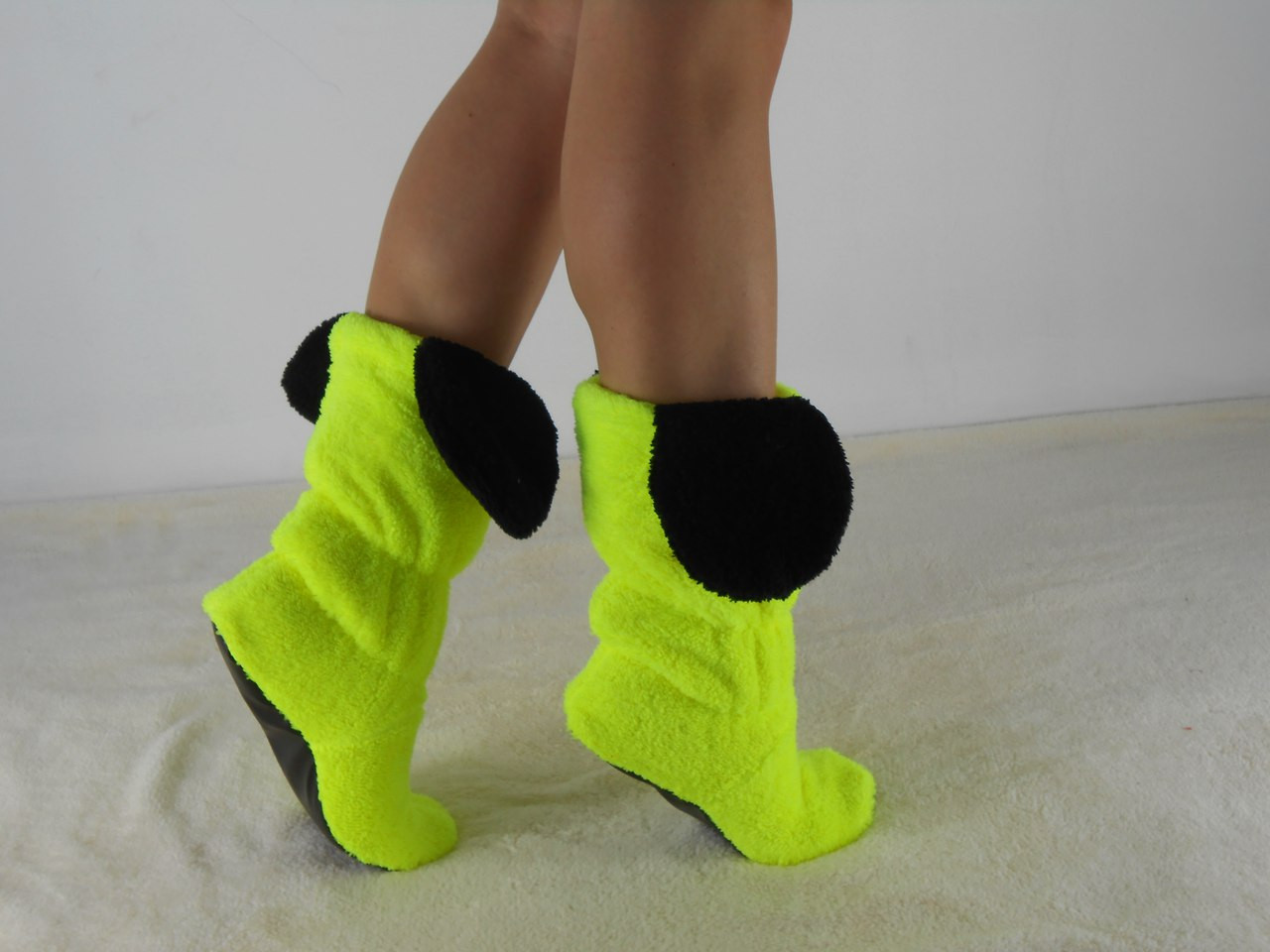 Домашні махрові чобітки з вушками Міккі