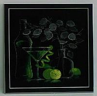 Вышитая крестом картина Натюрморт с бокалом мартини