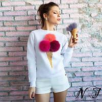 Белая женская  кофта  больших размеров с бумбонами с натурального меха. Арт - 8613/72