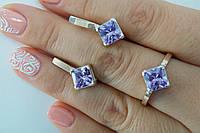 Украшения из серебра с золотом и камнями в форме ромба. Комплект - кольцо и серьги.