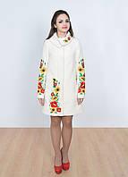 Модное белое пальто с шикарной вышивкой