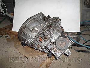 Коробка передач 1,9 КПП пятиступенчатая на Renault Trafic, Opel Vivaro, Nissan Primastar