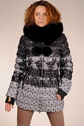 Жіноча натуральна пухова куртка з принтом з капюшоном з хутром песця SNOW CLASSIC знижка