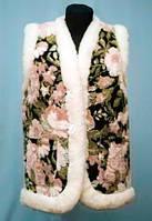 Теплая жилетка на овчинке - цветы