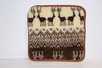 Теплый коврик на табурет из овечьей шерсти