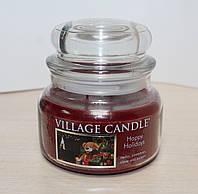 """Ароматическая свеча в стекле Village Candle """"Рождество"""". 315 гр/ 55 часов"""