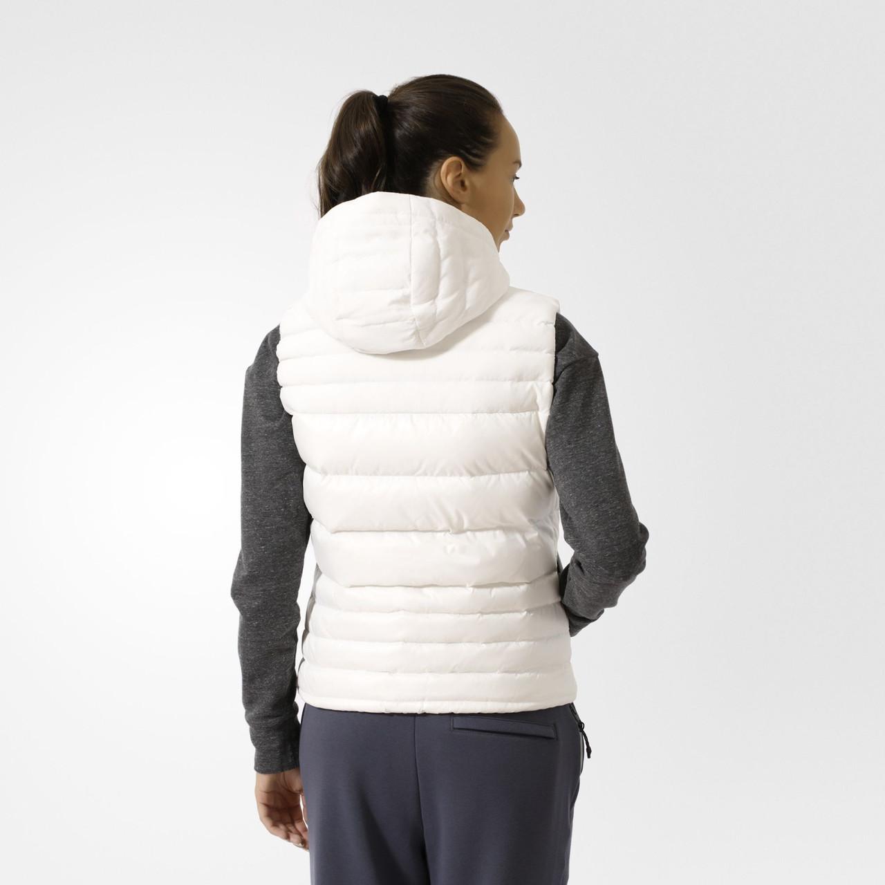 Женская жилетка Adidas Cozy (Артикул  AZ5860) ea872ce3ee272