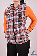 Жилетка женская стеганая (ткань фланель, цв.красный/серый) CWAN 1110 Размер:40,42,44,46,48