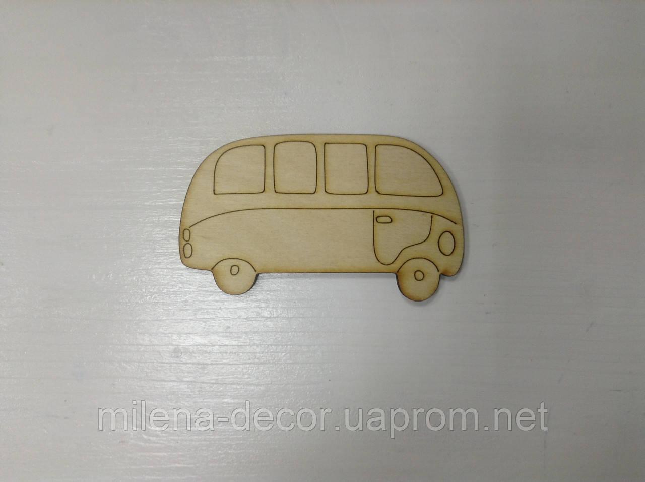 """Фигурка  деревянная """" автобус"""""""