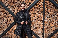 Приталенное женское стеганое пальто