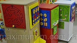 Мобильная игровая колонна с головоломками