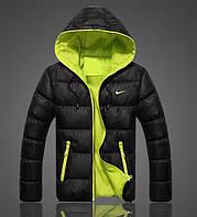 Пуховик Nike, найк, черная ,демисезонная, в наличии, зеленая подкладка, П4
