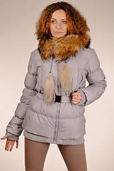Теплий гарний жіночий сірий натуральний пуховик з капюшоном з хутром єнота SNOW CLASSIC знижка