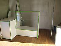 Торговые витрины и прилавки, мебель для магазинов
