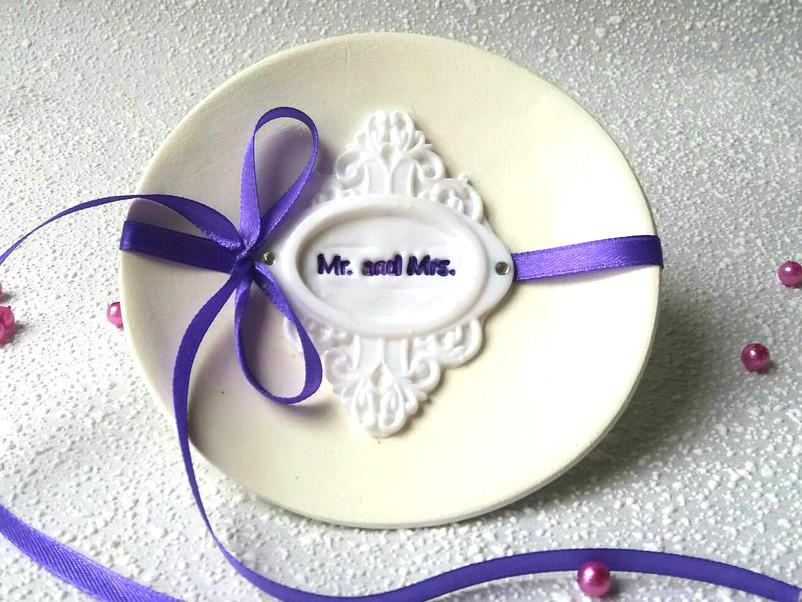 Блюдце для колец свадебное. Фиолетовый бант.