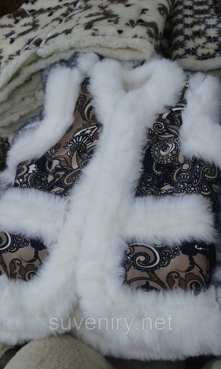 Современно-модная жилетка из овечьей шерсти