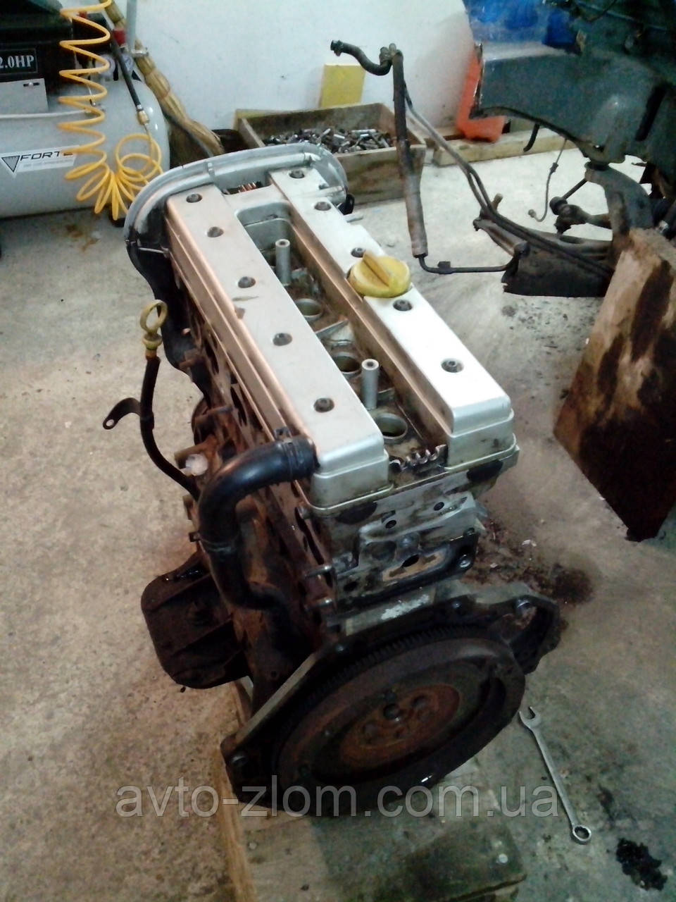 Мотор Opel Vectra B 1.8 16V (X18XE).