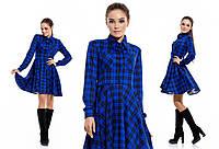 Синее трикотажное платье в клетку. Арт -863370