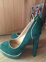 Супермодные туфли эко-замш зеленого цвете с золотом,37р.