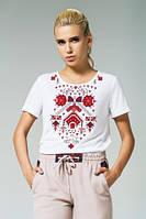 Белая трикотажная футболка с патриотичным орнаментом