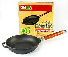 Сковорода чугунная 20см с деревянной съемной ручкой, посуда чугунная Биол (0120)