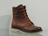 Зимние женские кожаные ботинки на шнуровке коричневые