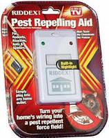 Отпугиватель тараканов, грызунов и насекомых ультразвуковой Riddex Plus Pest Repelling Aid HZT / 5.2