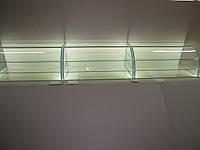 Витрина стеклянная с подсветкой