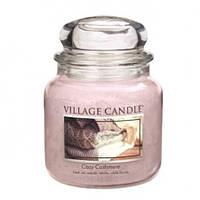 """Ароматическая свеча в стекле Village Candle """"Нежный кашемир"""". 455 гр/ 105 часов"""