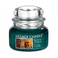 """Ароматическая свеча """"Рождественский дом"""" в стекле Village Candle. 315 гр/ 55 часов"""